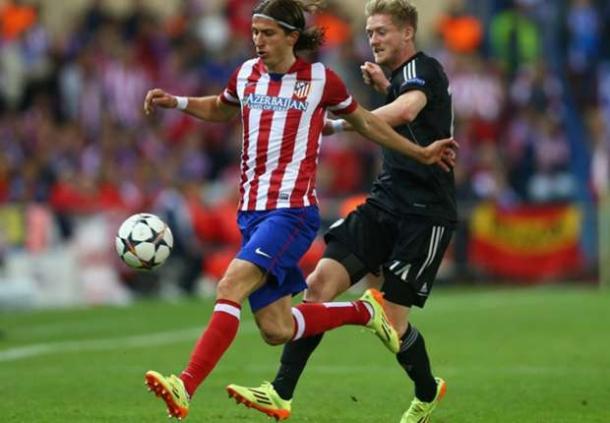 Filipe Luis Merapat Ke Chelsea