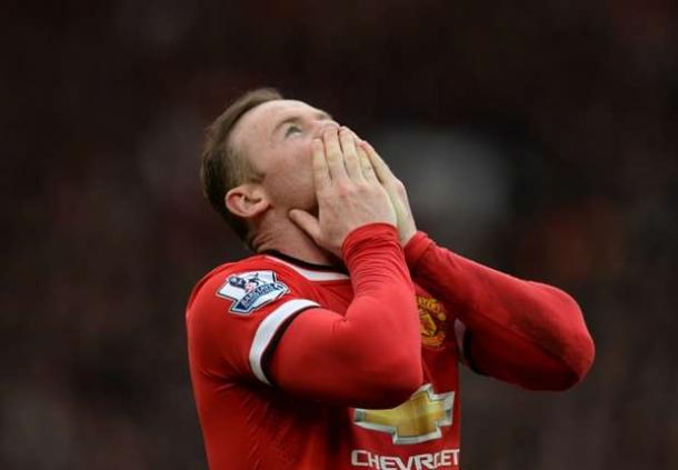 Rooney Tak Ingin Nasib Klub Nya Samai Liverpool